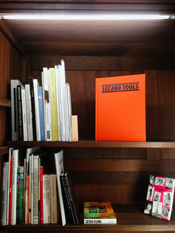 Section 7 Books - © Paris Internationale