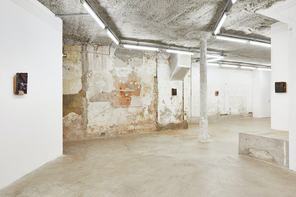*La Maison des artistes*, 2019, exhibition view, Crèvecœur, Marseille. - © © Jean-Christophe Lett, Paris Internationale